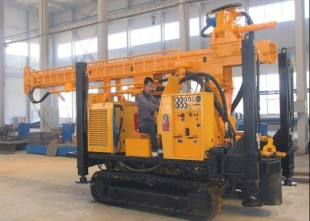 Crawler Water Well Drilling Rig SNR-350B Drilling Capacity 110m